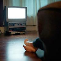 Губит мужчин не водка, губит мужчин ТВ