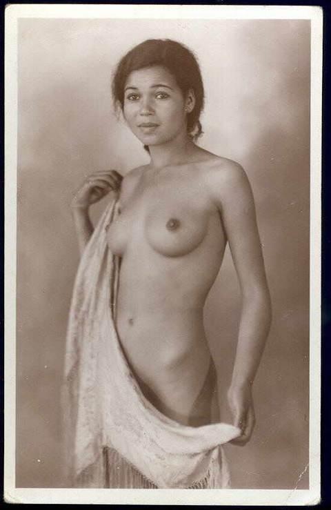 Просмотр порно, эротическое старинное фото