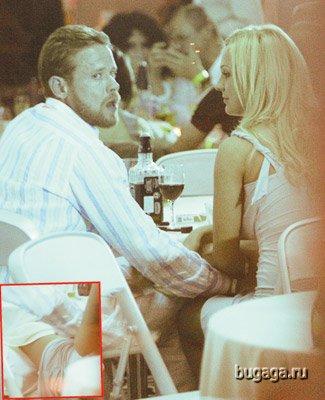 Павел Буре удовлетворял блондинку в ресторане