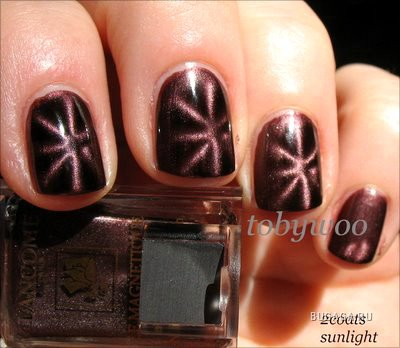 http://www.bugaga.ru/uploads/posts/1191793451_070806_art_nails1.jpg