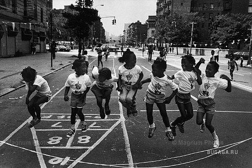 photos of girls jumping double dutch № 12768