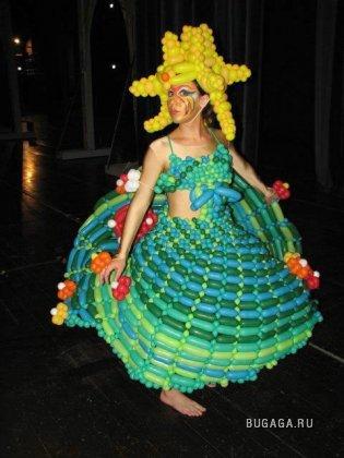 Прикольные платья из воздушных шаров