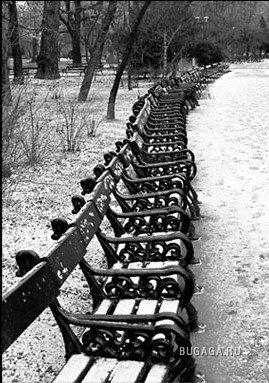 Одиноко...