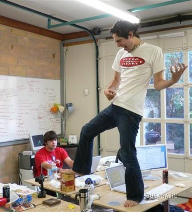 Чем занять себя в офисе