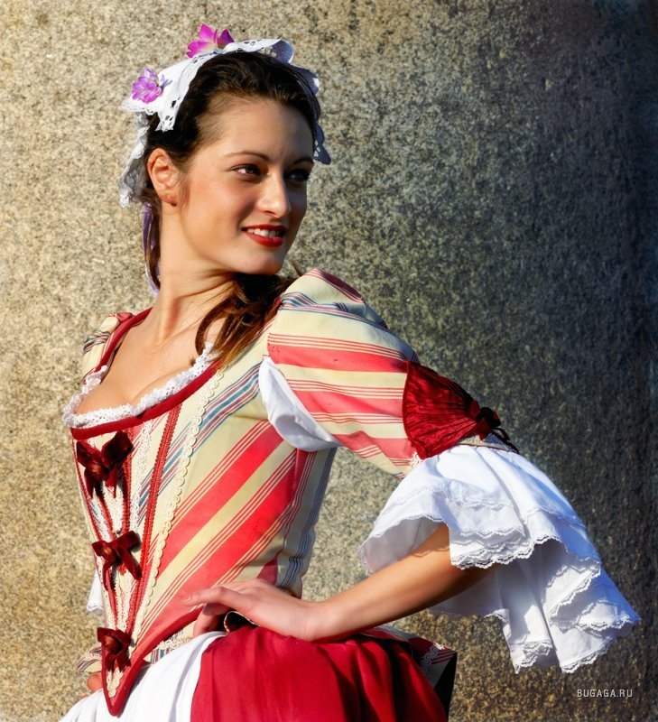 Карнавал в Венеции: http://www.bugaga.ru/pictures/city/1146706451-karnaval-v-venecii.html
