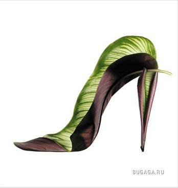 Shoe fleur by Michel Tcherevkoff