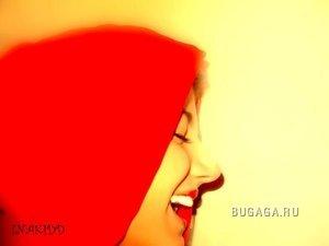 Улыбка - это поцелуй души)))