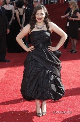 Топ-10 самых лучших платьев церемонии ''Эмми-2008''