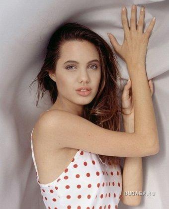 Юная Анжелина Джоли