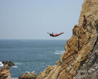 Топ 7 экстремальных мест для прыжков в воду с высоты (фото+видео)