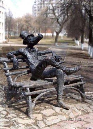 Удивительные памятники России