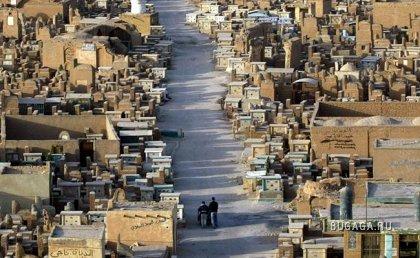 Самое большое мусульманское кладбище