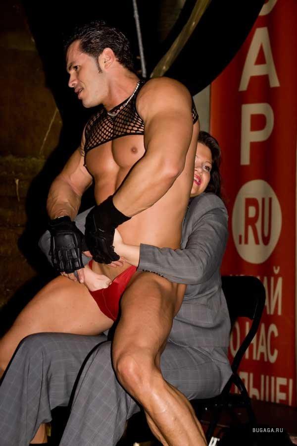foto-s-muzhskogo-striptiza