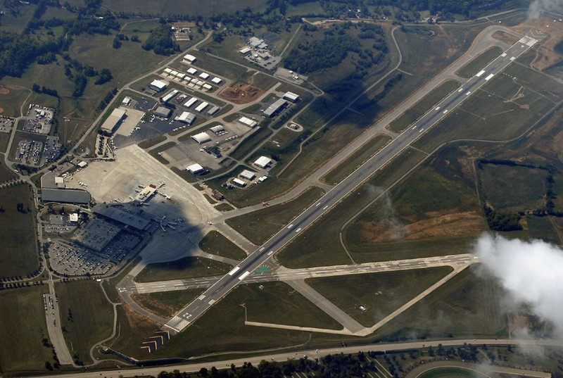 airports before and after 91101 essay Birmingham international airport essay it is with planning, he is able to anticipate what could go wrong before it could happen or becomes a big issue.