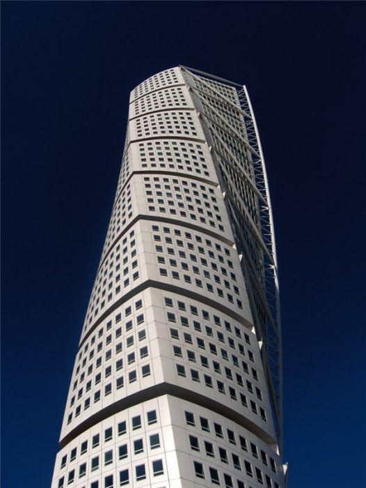 В Дубае загорелся самый высокий жилой дом в мире Новости