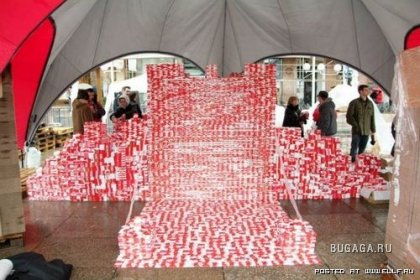 Замок из 100 тысяч плиток шоколада
