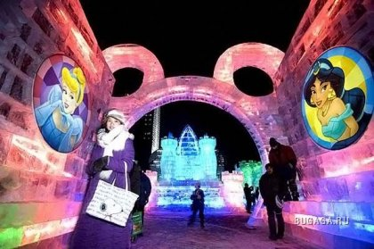 Фестиваль скульптур из снега и льда в Харбине