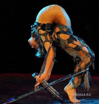 Фестиваль акробатического искусства в Ухане, Китай