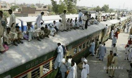 Поезд в Пакистане