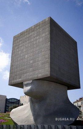 Страшные и странные памятники мира