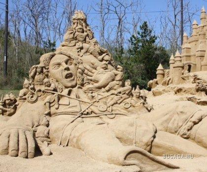 Всемирный фестиваль песчаной скульптуры в Tottori