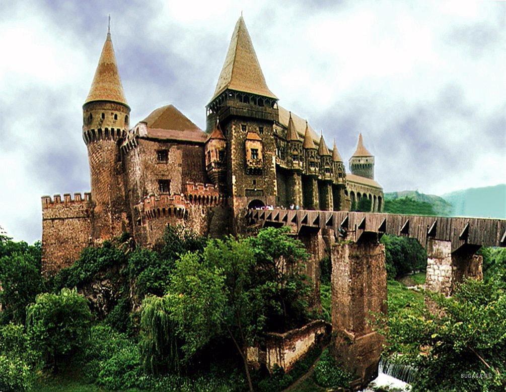 10 самых захватывающих замков и дворцов.