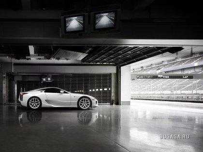 �������� Lexus LF-A ������� 560-������� �����
