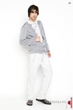 Раскованный стиль - спортивный и клубный casual.