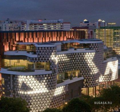 Торговый центр – световая инсталляция