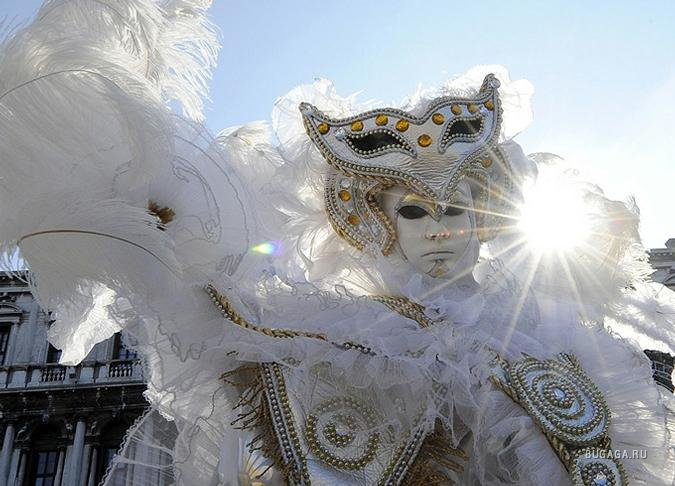 благоприятный ангел с масками картинка его условиям