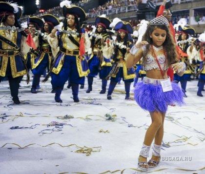 Карнавал в Рио 2010. Веселье продолжается!