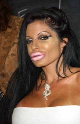 Priscilla Russo - мисс силиконовые губы