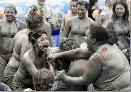 10 самых странных фестивалей