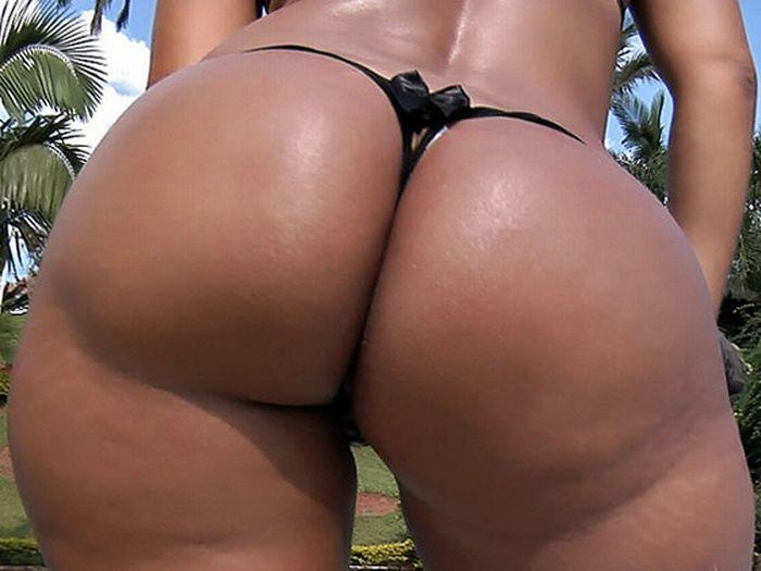Большие бразильские попы секс