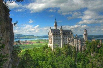 Замок Нойшванштайн в Германии