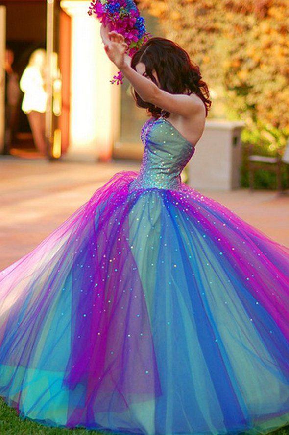 Оригинальный свадебное платье