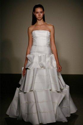Необычные свадебные платья (35 фото.