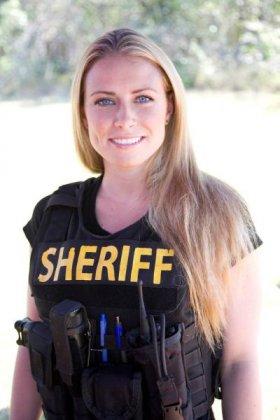 Женщины-полицейские