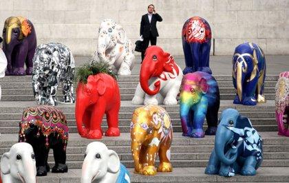 Парад слонов в Лондоне 2010