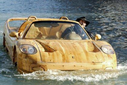 Плавающая Ferrari