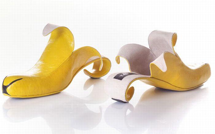 http://www.bugaga.ru/uploads/posts/2010-09/1285755496_unusual_shoe_designs_01.jpg