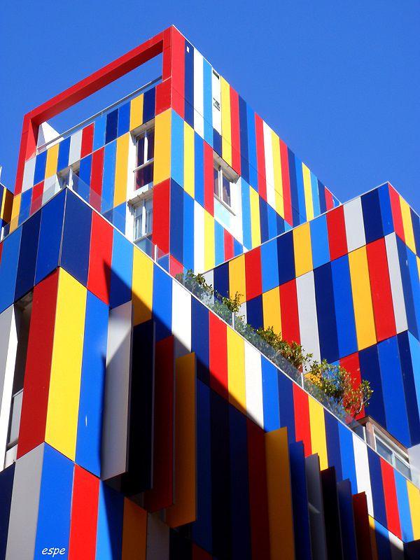 Фото цветные дома