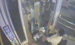 Идиот упал в шахту лифта