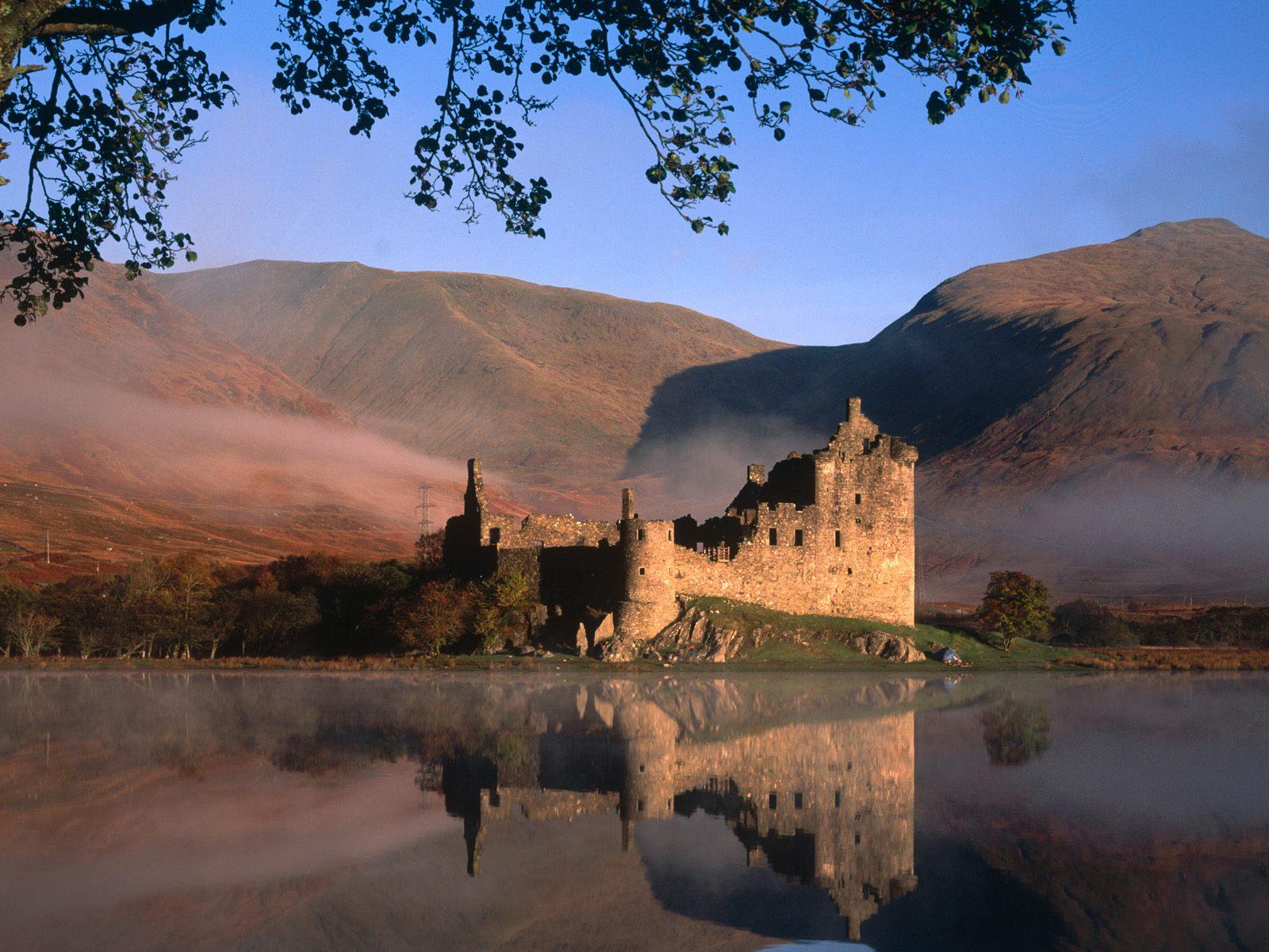 Edinburgh castle 2 for 1 vouchers 2013