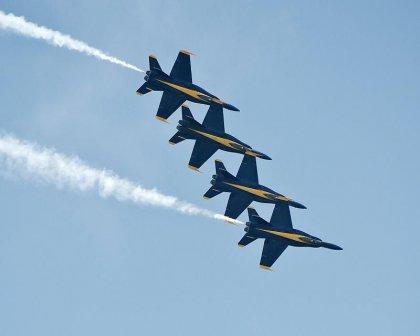 Пилотажная группа Blue Angels