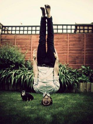 Стойка на голове и балансировка от Стивена Морриса
