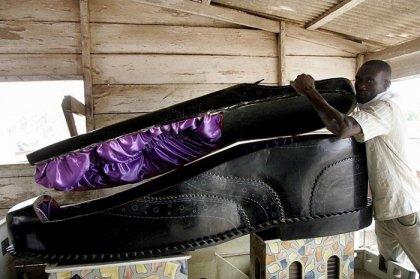Необычные гробы из Ганы
