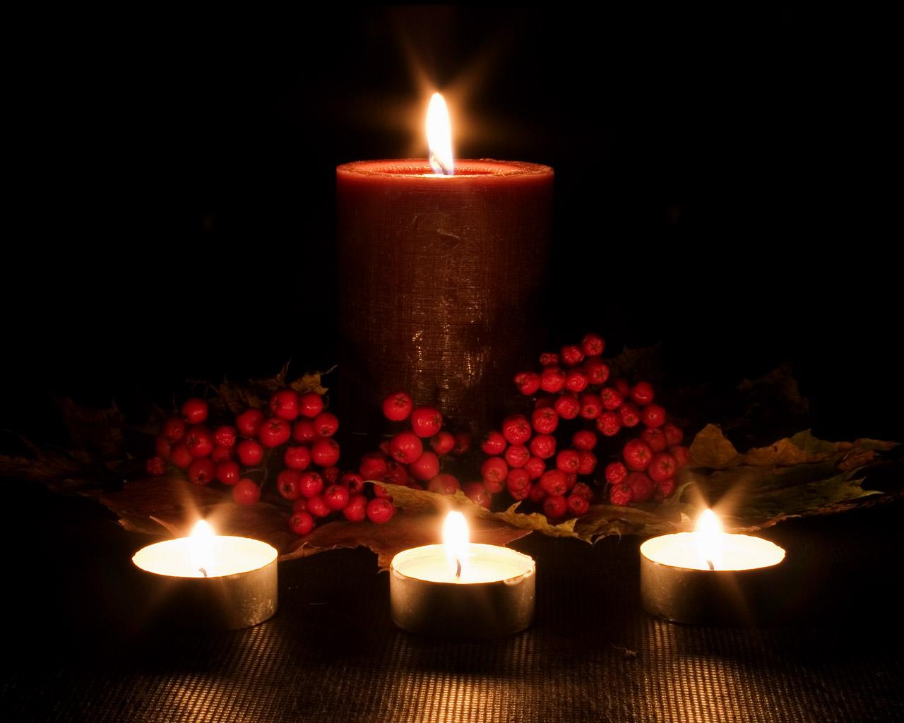 и будут свечи на столе гореть картинки рядом людьми нужно