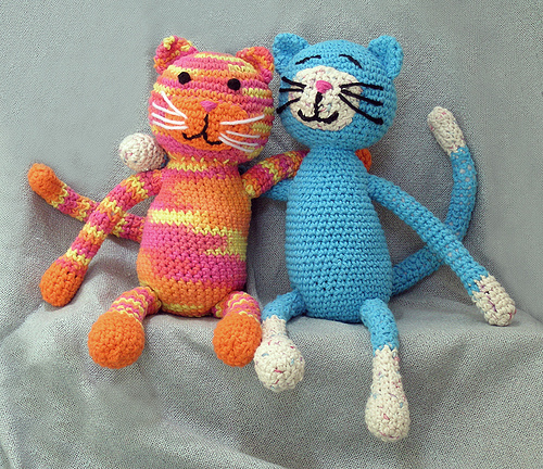 схема вязания крючком кошки. схема вязания кота крючком.