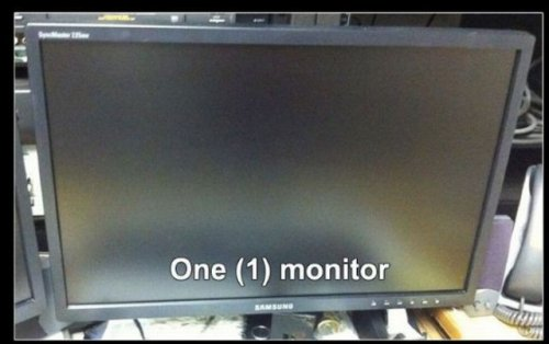 Трололо на мониторе
